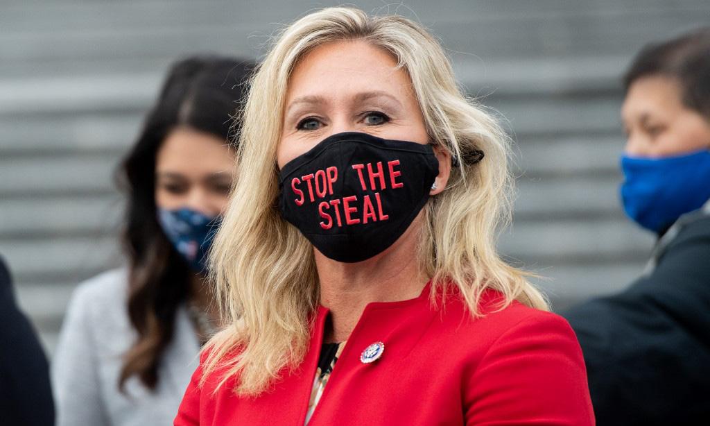 Hạ nghị sĩ Cộng hòa Marjorie Taylor Greene tại tòa nhà quốc hội Mỹ ở Washington hôm 4/1. Ảnh: AFP.