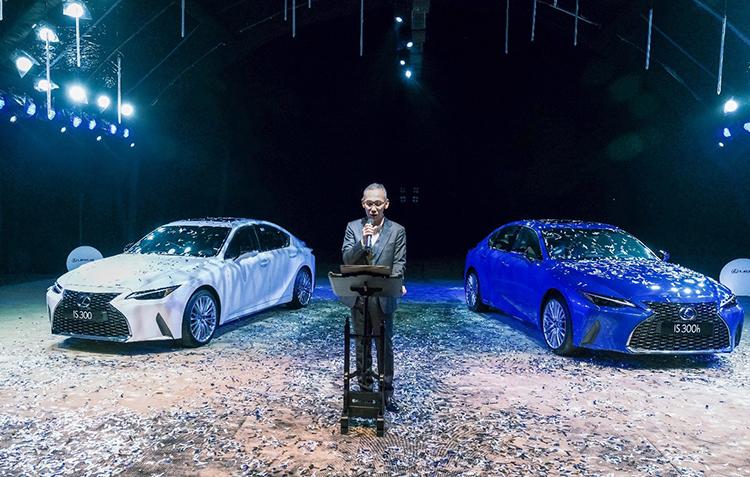 Ông Ueda Hyroyuki – Đại diện Lexus Việt Nam phát biểu tại sự kiện ra mắt Lexus IS 2021 tại Việt Nam