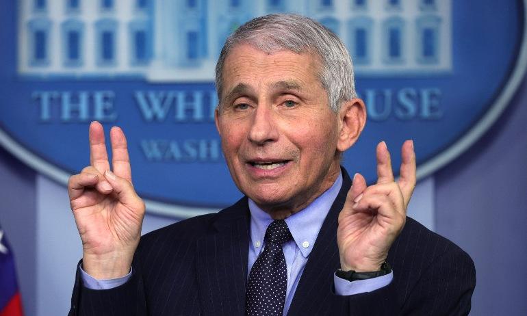Tiến sĩ Fauci họp báo tại Nhà Trắng hôm 21/1. Ảnh: AFP.