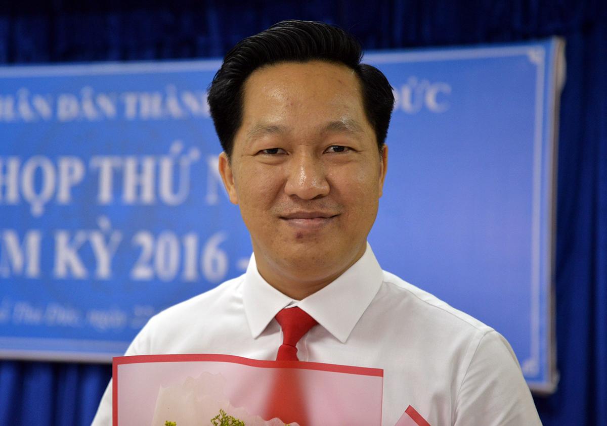 Ông Hoàng Tùng tại kỳ họp thứ nhất HĐND TP Thủ Đức sáng nay. Ảnh: Hữu Công.