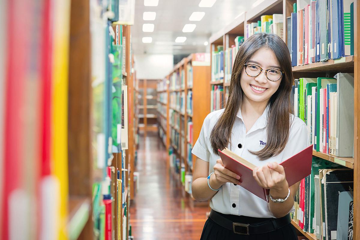 Học sinh theo chương trình Tú tài Quốc tế IB được rèn khả năng tự nghiên cứu. Ảnh: Tesla.