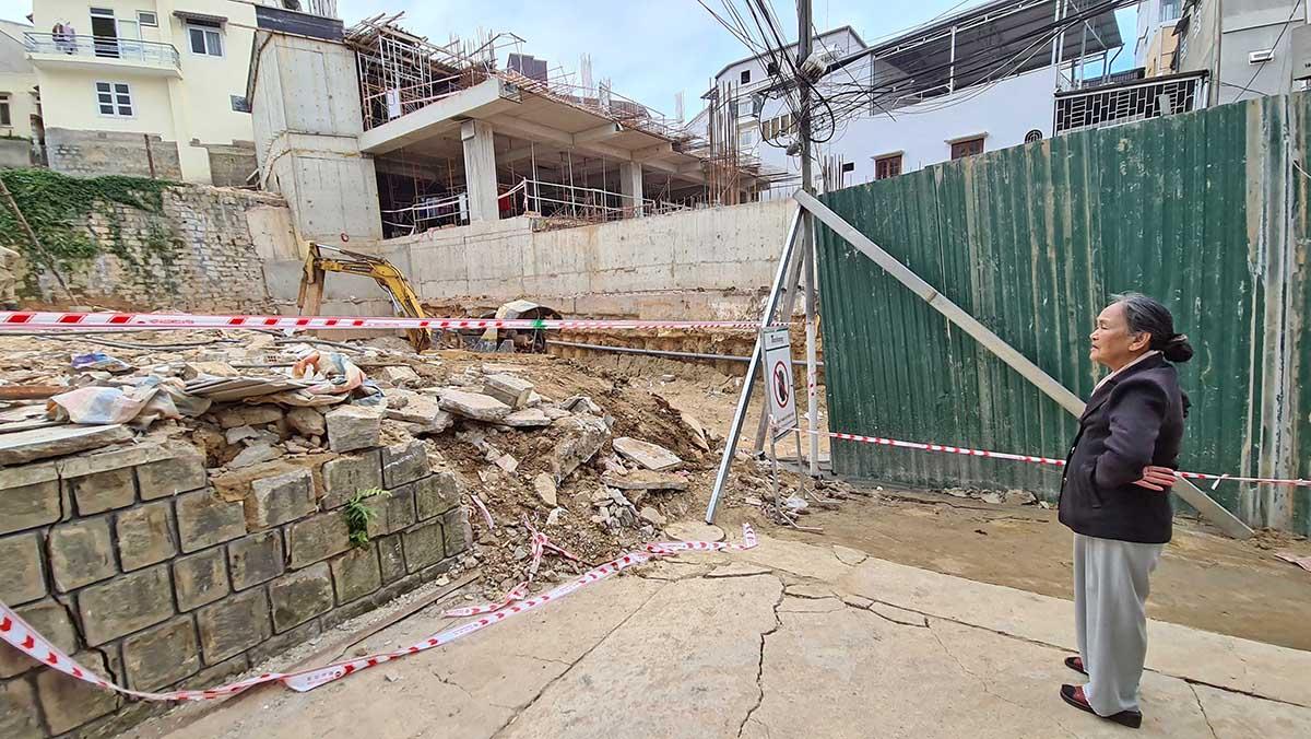 Khách sạn đã xây đến tầng hai của dự án. Ảnh: Khánh Hương