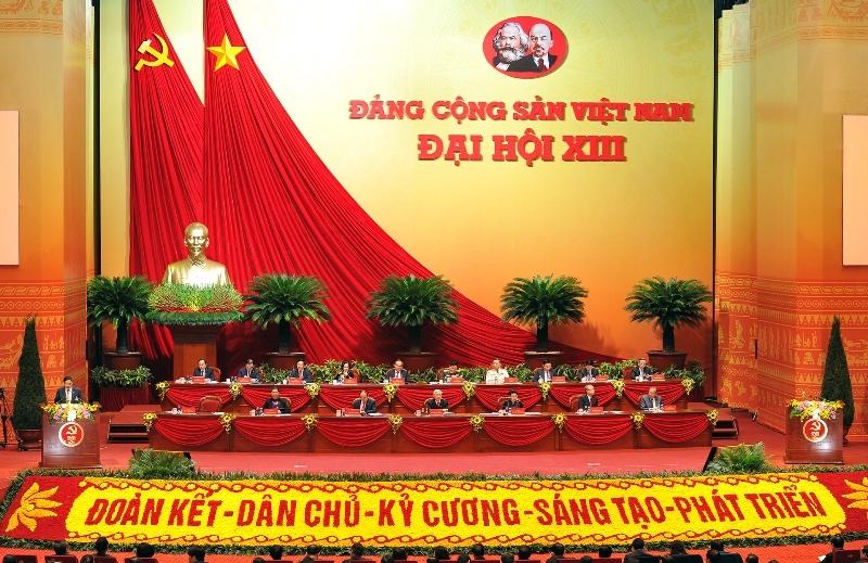 Phiên trù bị Đại hội XIII đã bầu Đoàn Chủ tịch gồm 17 Ủy viên Bộ Chính trị và Chủ tịch Mặt trận Tổ quốc Việt Nam Trần Thanh Mẫn (Bí thư Trung ương Đảng). Ảnh: Giang Huy