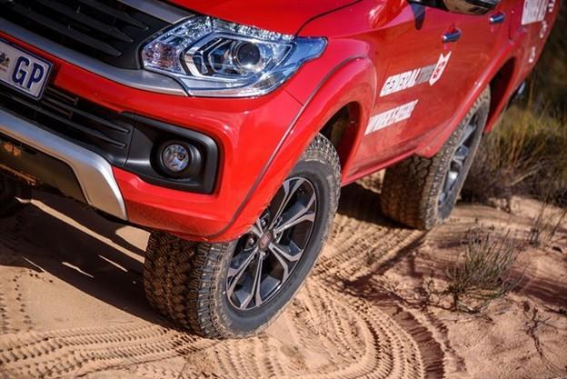 Dòng lốp AT thường được sử dụng trên những mẫu xe di chuyển đa địa hình.