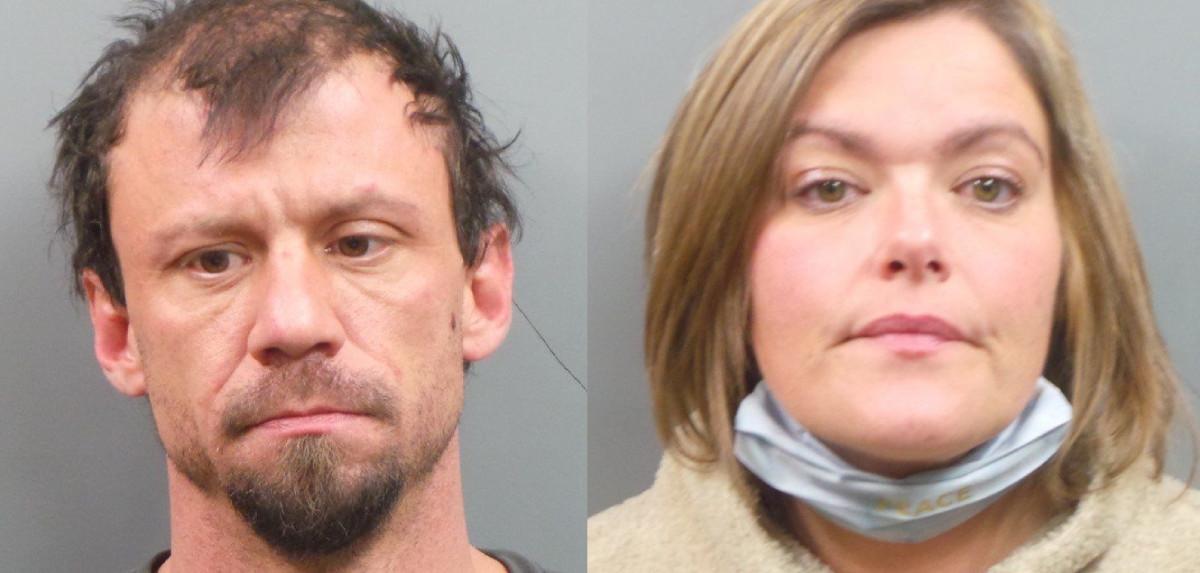 Janet Porzelt (phải) và bạn trai Evan Hauserman. Ảnh: St. Peters Police Department.