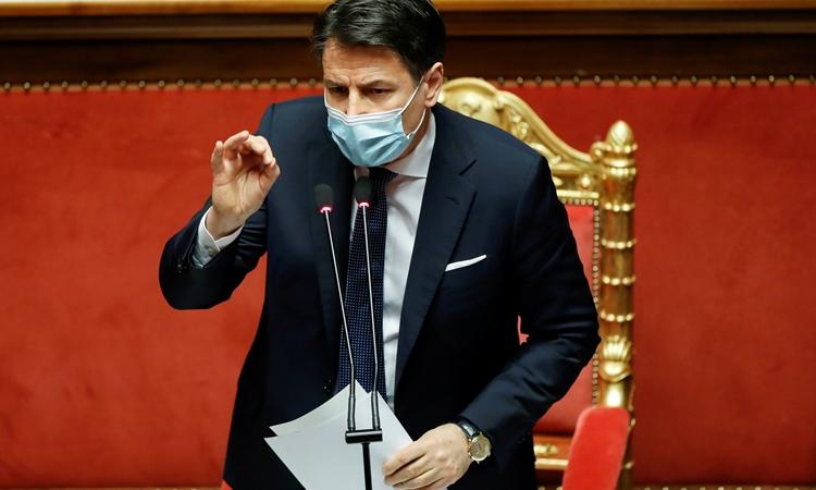 Thủ tướng Italy Giuseppe Conte trong cuộc họp ở Rome hôm 19/1. Ảnh: Reuters.