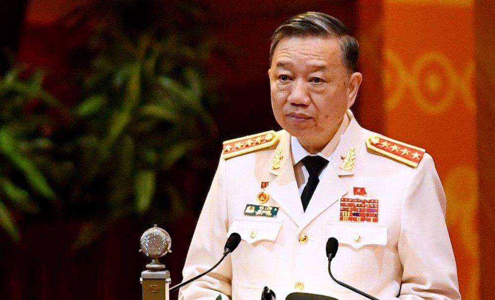 Đại tướng Tô Lâm, Bộ trưởng Công an phát biểu tham luận tại Đại hội Đảng lần thứ XIII, ngày 27/1. Ảnh: Giang Huy