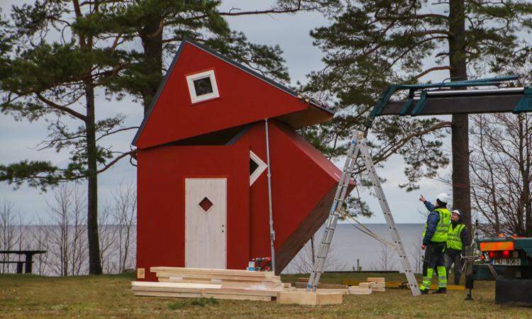 Ngôi nhà nhỏ gọn có thể gấp lại dễ dàng. Ảnh: Brette Haus.