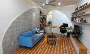 Căn nhà 38 m2 có kết cấu hình vòm