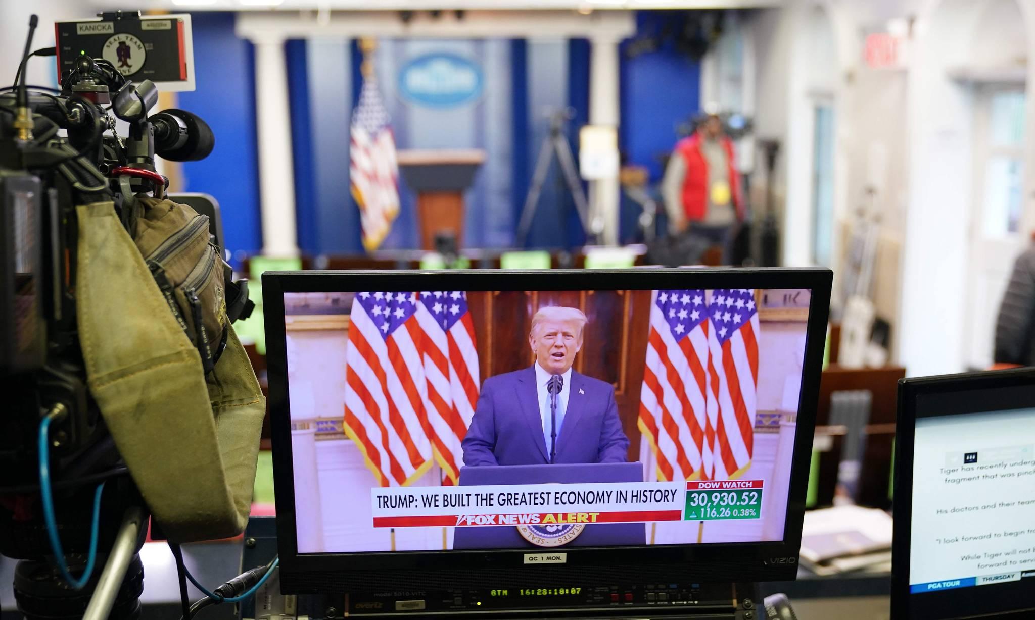 Trump phát biểu trong video tạm biệt được Nhà Trắng đăng hôm 19/1. Ảnh: AFP.