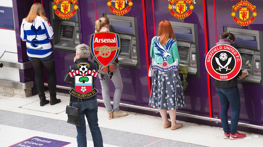 ATM điểm tại Old Trafford.