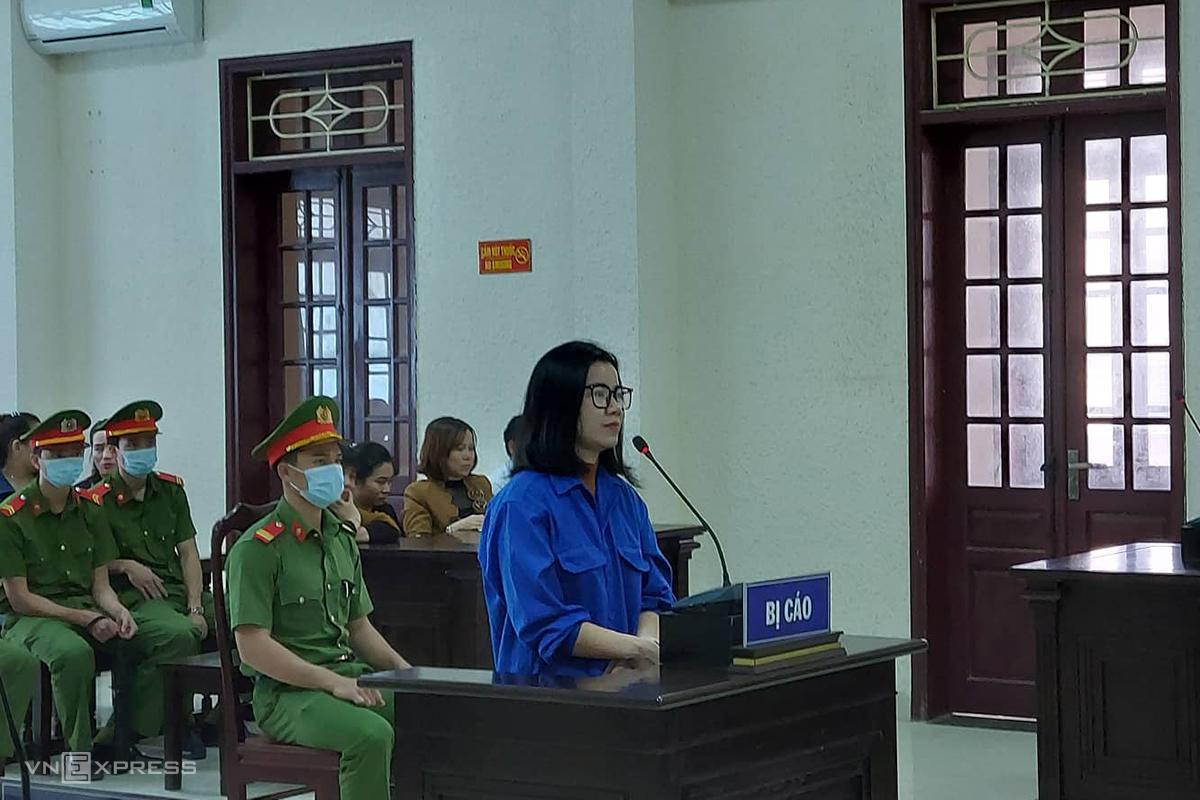 Trần Thị Nhàn tại phiên toà. Ảnh: Quang Hà