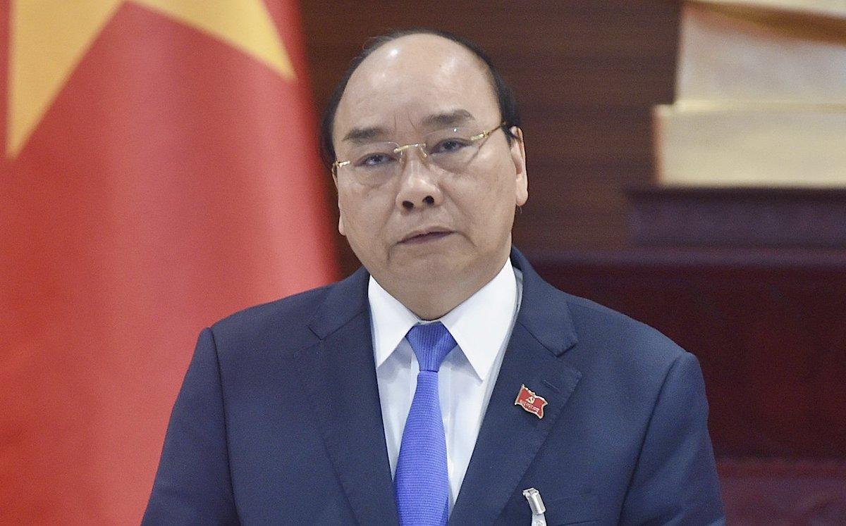 Thủ tướng Nguyễn Xuân Phúc chủ trì cuộc họp về công tác phòng, chống Covid-19, chiều 29/1. Ảnh: Hoàng Thùy