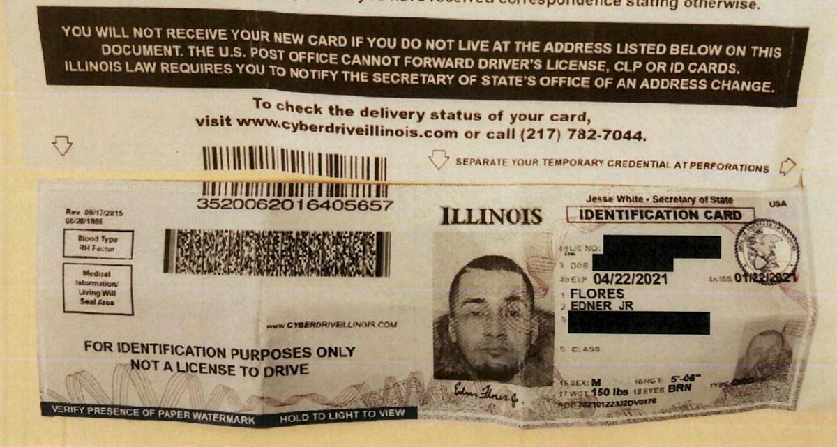 Flores tự nguyện giao ra căn cước theo yêu cầu của giao dịch viên. Ảnh: U.S. Attorney's Office.