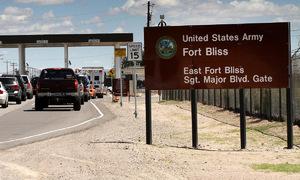 11 lính Mỹ nhập viện vì nhầm chất chống đông là rượu
