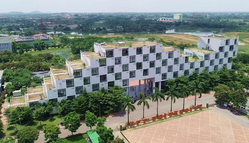 Đại học FPT, huyện Thạch Thất, Hà Nội, nằm tách biệt với khu dân cư. Ảnh: FPT