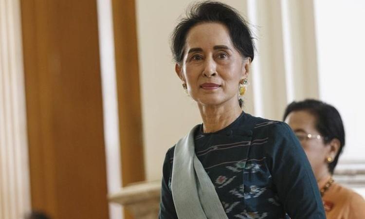 Aung San Suu Kyi tại Naypyitaw, Myanmar, hồi tháng 3/2016. Ảnh: Reuters.