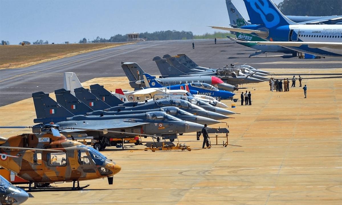 Dàn tiêm kích, trực thăng được trinh bày tại triển lãm Aero India 2020 ở Bangalore, Ấn Độ. Ảnh:Aeroindia.