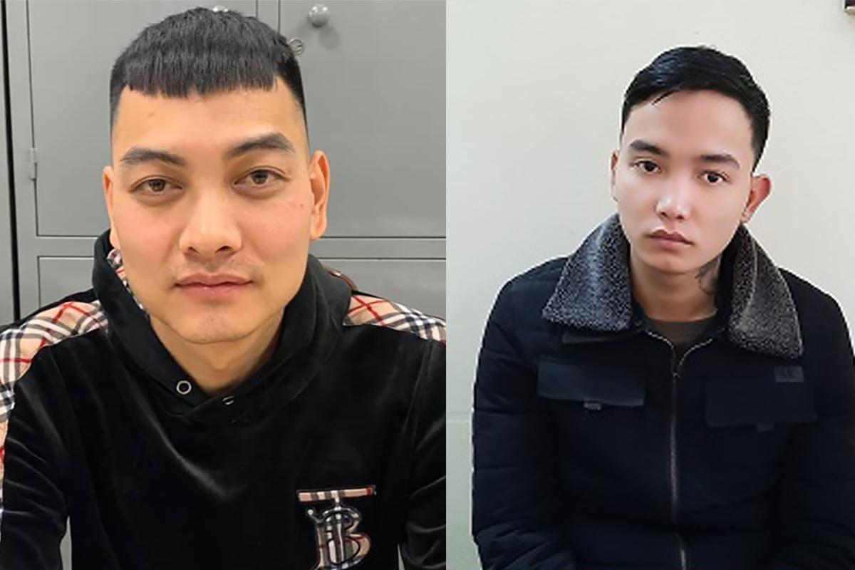 Khoa (trái) và Linh tại cơ quan điều tra. Ảnh: Thuỳ Linh.