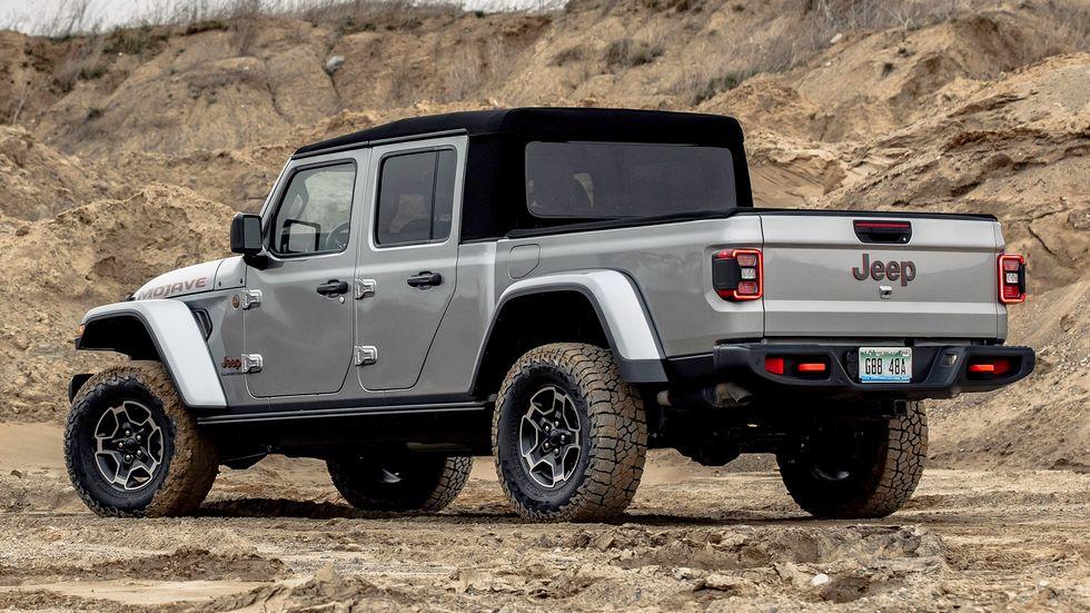 Mẫu Jeep Gladiator trong diện triệu hồi. Ảnh: Caranddriver