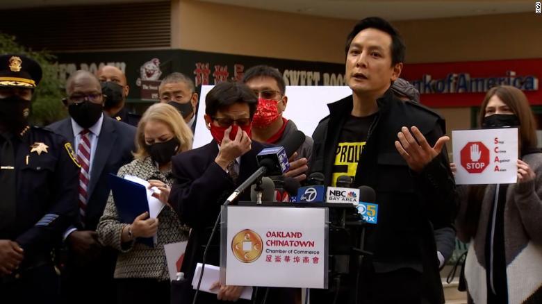 Người già gốc Á ở Mỹ liên tiếp bị tấn công