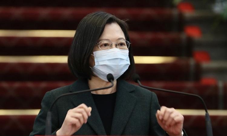 Lãnh đạo Đài Loan Thái Anh Văn trả lời báo chí hôm nay. Ảnh: CNA.
