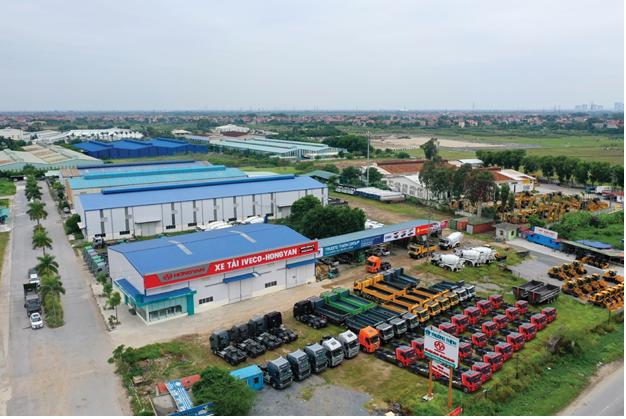 Showroom 4S và kho phụ tùng của Trường Thịnh Group tại Hưng Yên.