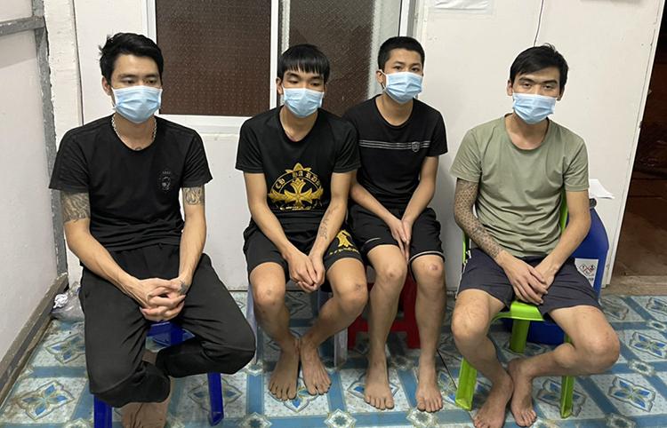 4 thanh niên từ Campuchia vượt biên vào An Giang bị bắt giữ. Ảnh: An Phú