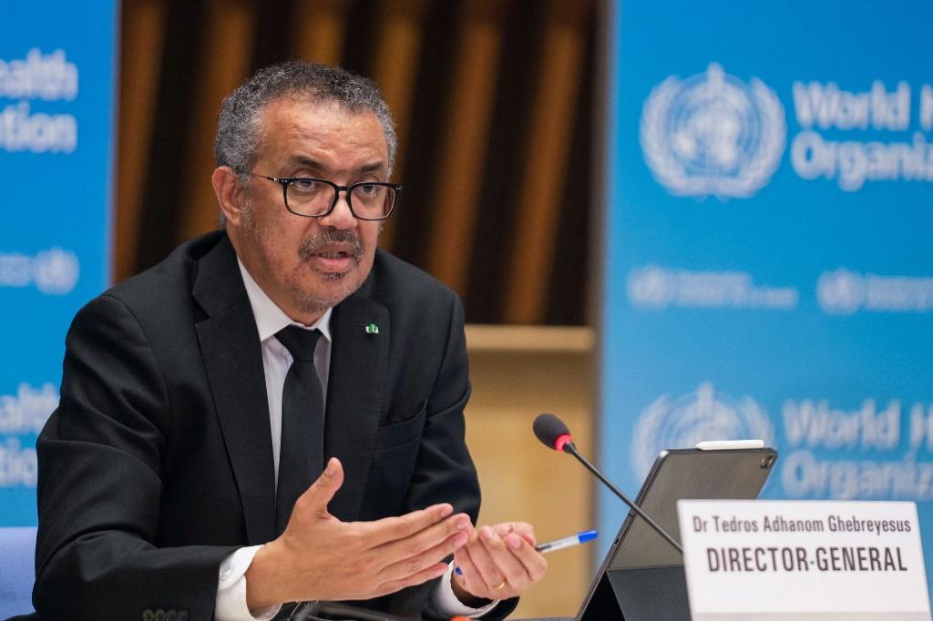 Tổng giám đốc WHO phát biểu trong cuộc họp báo ở Geneva, Thụy Sĩ, hôm 12/2. Ảnh: AFP