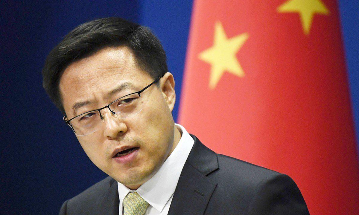 Người phát ngôn Bộ Ngoại giao Trung Quốc Triệu Lập Kiên tại một buổi họp báo tại Bắc Kinh. Ảnh: Kyodo.