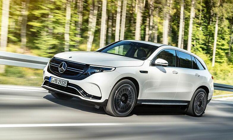 Mẫu xe chạy điện đầu tiên của Mercedes EQC 2021. Ảnh: Mercedes