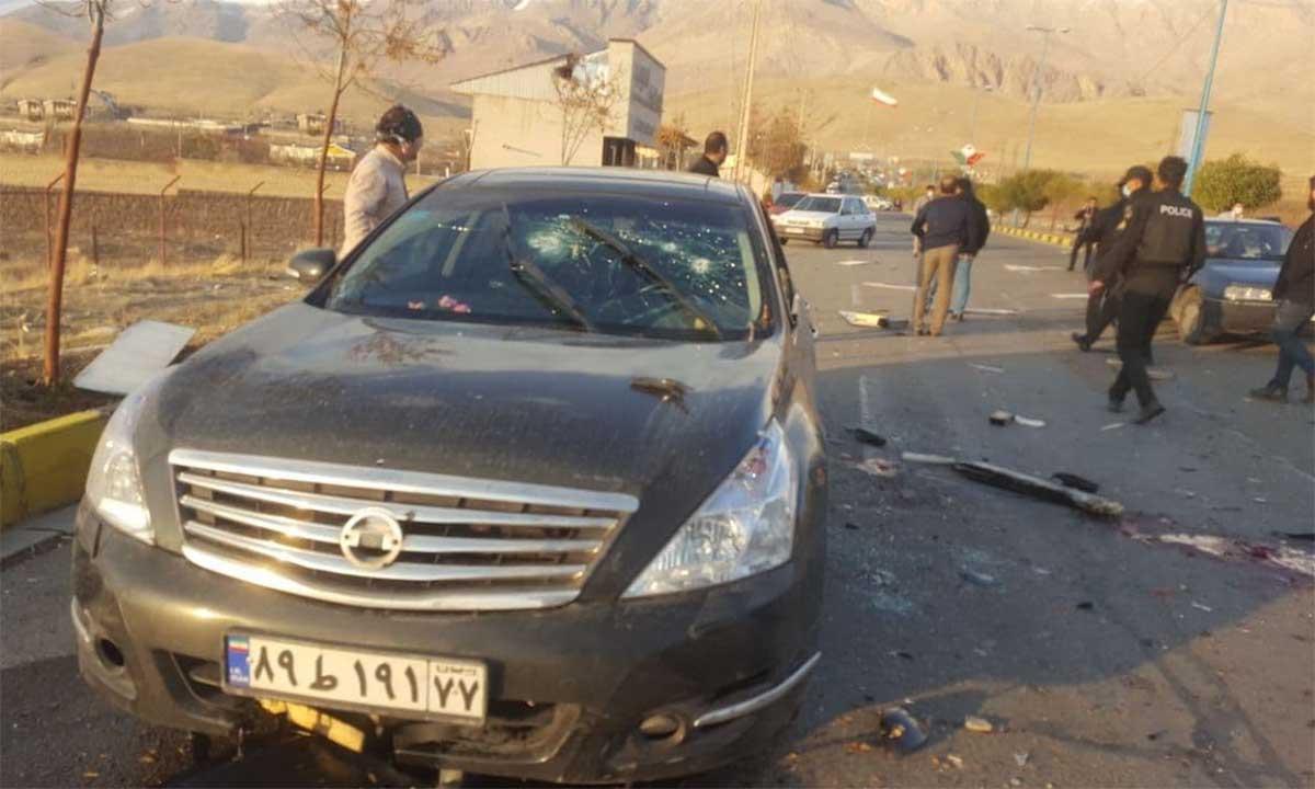 Hiện trường vụ ám sát nhà khoa học hạt nhân Mohsen Fakhrizadeh gần thủ đô Tehran, Iran, tháng 11/2020. Ảnh: AFP.