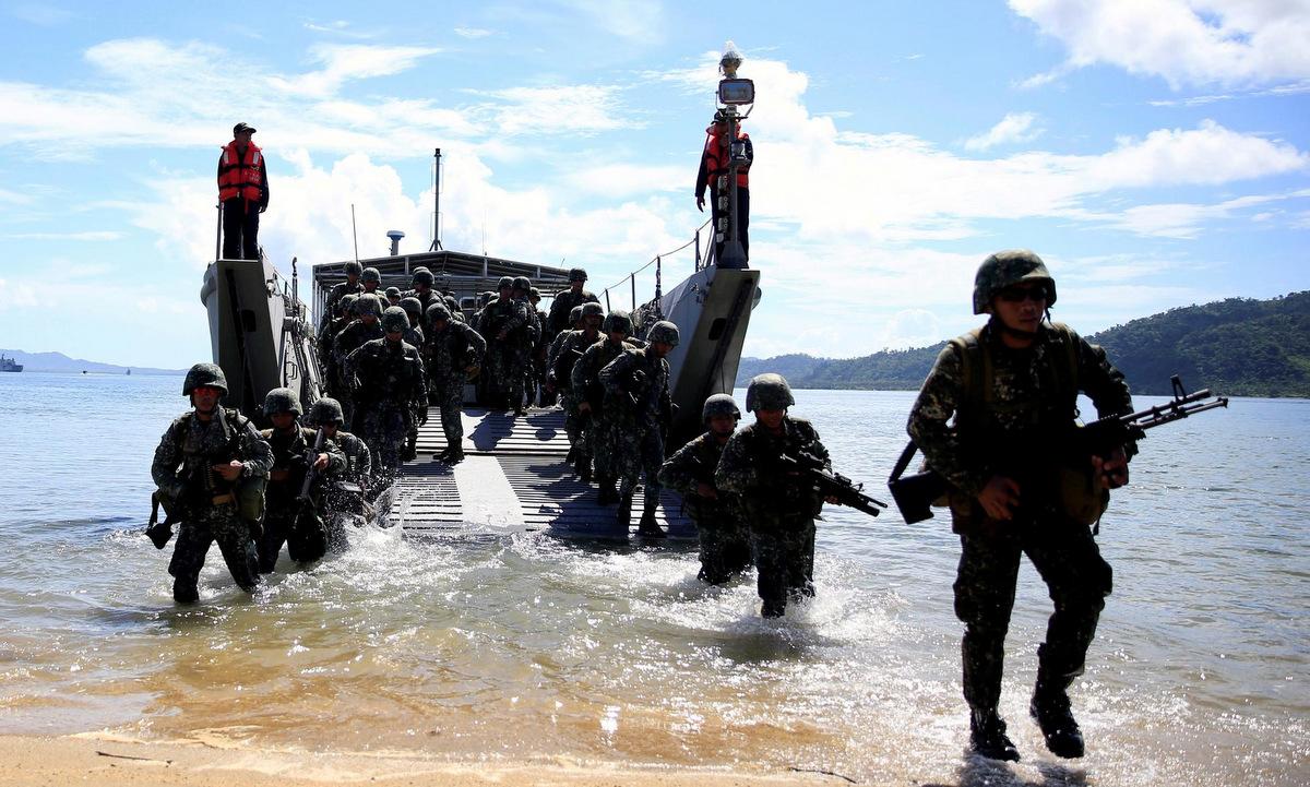 Lính Philippines tham gia cuộc tập trận chung với Mỹ hồi năm 2017. Ảnh: Reuters.
