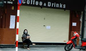Hàng quán Hà Nội ngày đầu đóng cửa phòng dịch