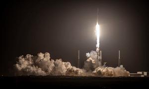 Tên lửa SpaceX hạ cánh thất bại trong sứ mệnh Starlink