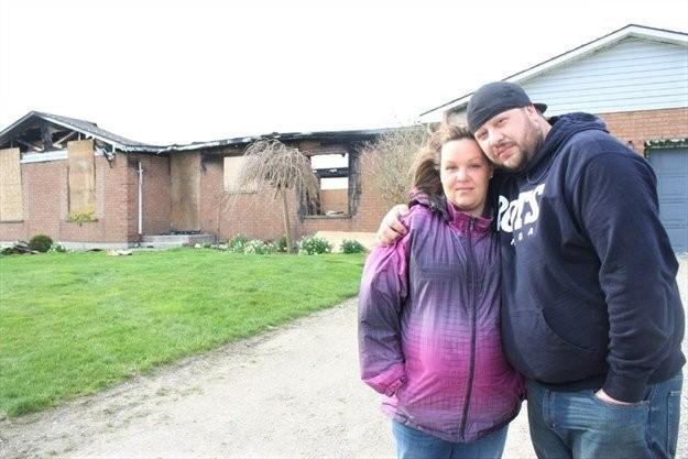 Melissa Merritt và bạn trai Chris Fattore. Ảnh: The Pointer.