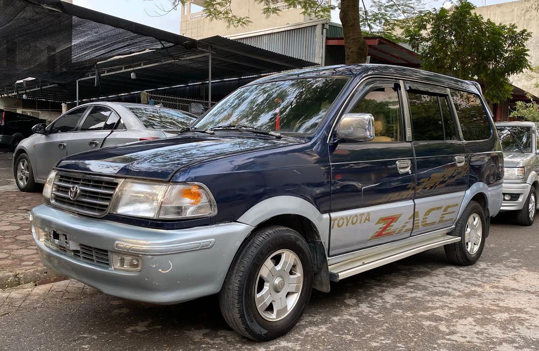 Toyota Zace.
