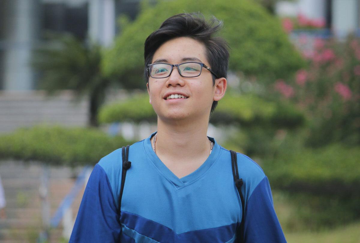 Học sinh dự thi vào lớp 10 trường THPT chuyên Hà Nội - Amsterdam năm 2020. Ảnh: Thanh Hằng.