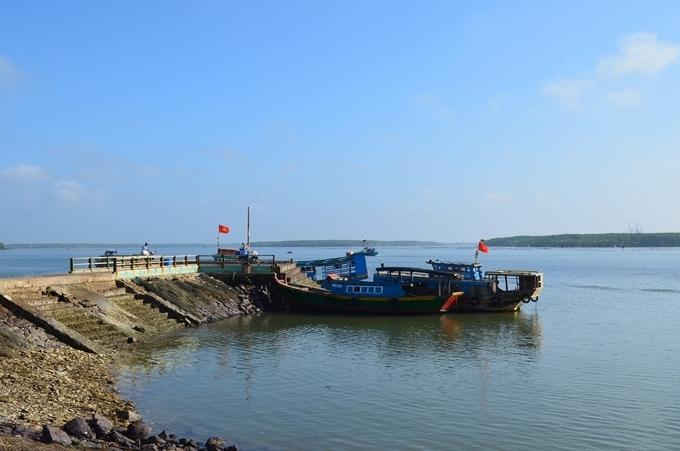 Bến đò ở xã Thạnh An, Cần Giờ. Ảnh:Tuyết Nguyễn.