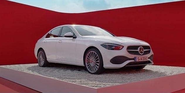 Hỉnh ảnh rò rỉ thiết kế Mercedes C-class thế hệ mới.