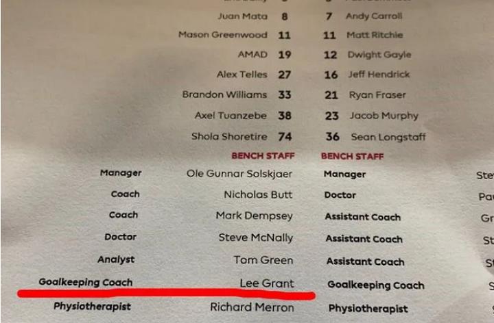 Thủ môn dự bị của Man Utd làm thay việc trọng tài - 6