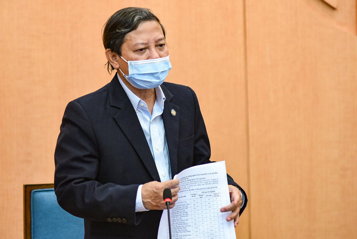 Phó giám đốc Sở Y tế Hoàng Đức Hạnh phát biểu tại cuộc họp Ban chỉ đạo phòng, chống Covid 19 TP Hà Nội. Ảnh: Hữu Nguyên.