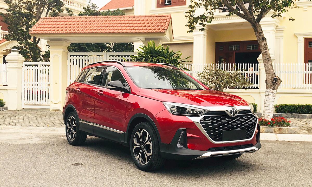 BAIC X55, một mẫu xe nhập khẩu Trung Quốc giá 528 triệu đồng về Việt Nam hồi tháng 4/2020. Ảnh: Trung Hiệp