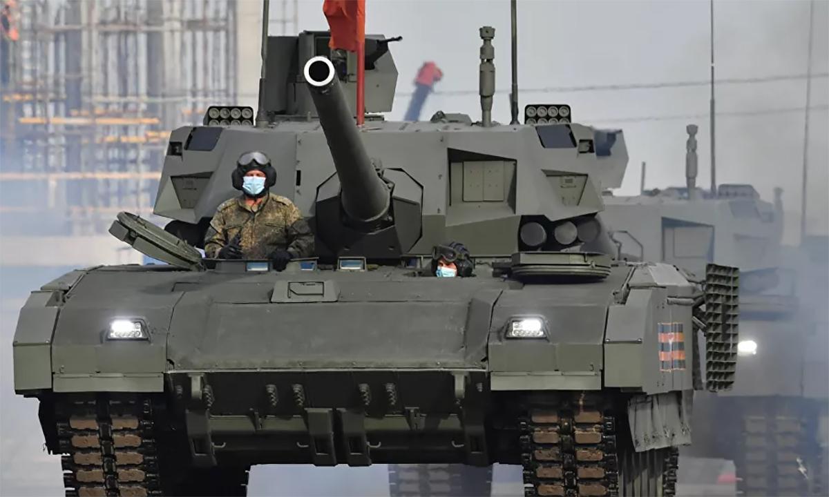 Tăng chủ lực T-14 Armata trong lễ duyệt binh tại thủ đô Moskva, tháng 6/2020. Ảnh: RIA Novosti.