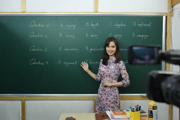 Cô Nguyễn Thị Thanh Hương có nhiều năm kinh nghiệm giảng dạy tại Hệ thống Giáo dục HOCMAI. Ảnh: HOCMAI.
