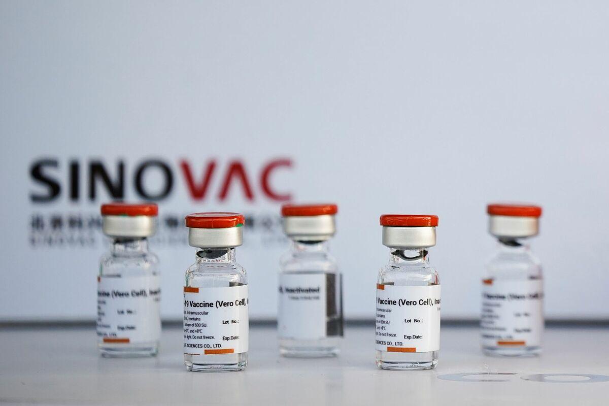 Các lọ vaccine Sinovac tại sân bay ở Bangkok, Thái Lan ngày 24/2. Ảnh: Reuters.