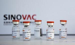 Nghi ngại từ lô vaccine Trung Quốc đến Singapore 'sớm bất thường'