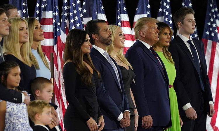 Gia đình Tổng thống Donald Trump tại Đại hội Toàn quốc đảng Cộng hòa ở Nhà Trắng hồi tháng 8. Ảnh: AP.