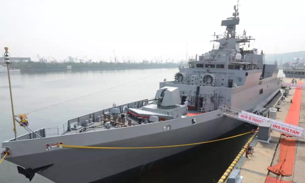 Hộ vệ hạm cỡ nhỏ INS Kiltan của Ấn Độ tại nhà máy đóng tàu Vizag, thành phố Visakhapatnam, tháng 10/2017. Ảnh: ANI.