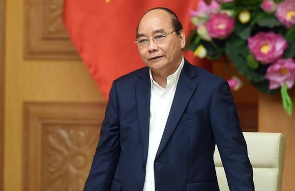 Thủ tướng Nguyễn Xuân Phúc phát biểu tại cuộc họp. Ảnh: Quang Hiếu/VGP.